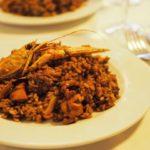 黄色いパエリアは邪道です。バルセロナの老舗「Restaurant Envalira(レストラン・エンバリラ)」で本物のパエリアを食べよう