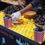 トルコのB級グルメ!イスタンブール新市街「IZMIR ISI(イズミル・イシ)」でムール貝のミディエドルマを食べよう