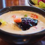 ほっこり系タイカレーの聖地!京都・出町柳の老舗「アオゾラ」で甘いグリーンカレーを食べよう